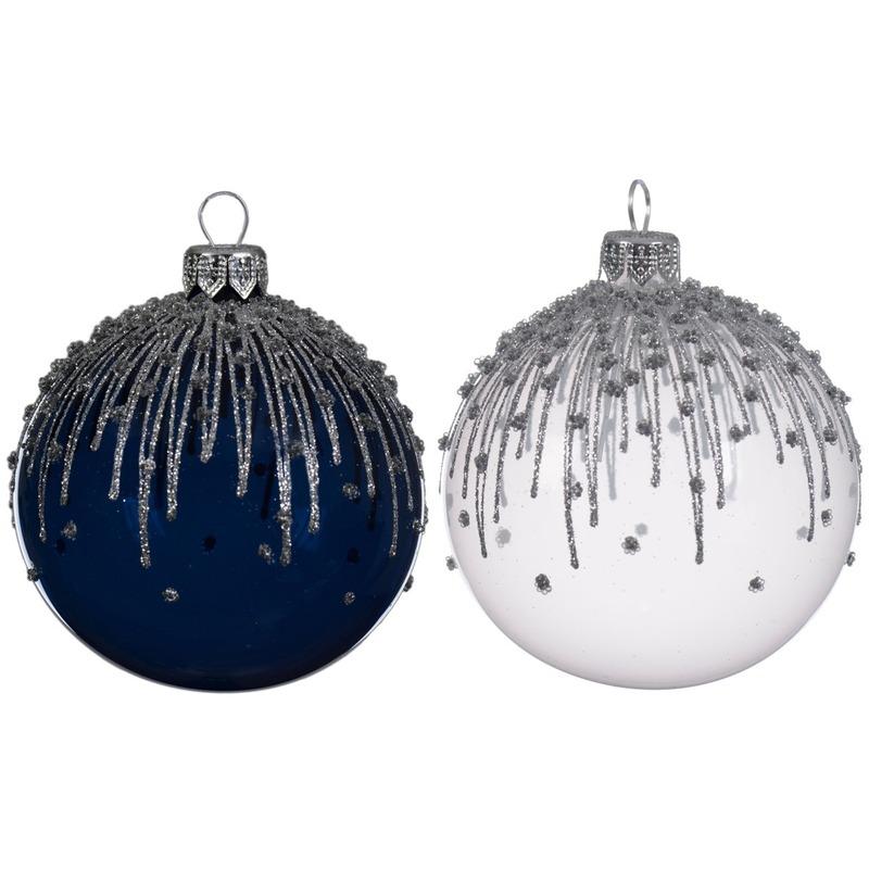 Wit-blauwe transparante kerstballen van glas 8 cm