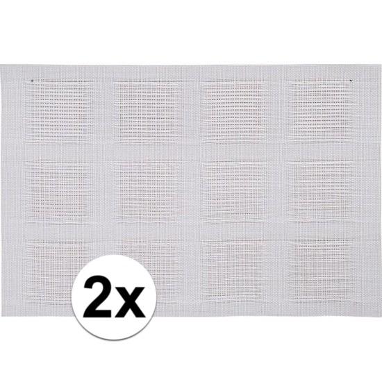 2x Placemats wit geweven/gevlochten 45 x 30 cm