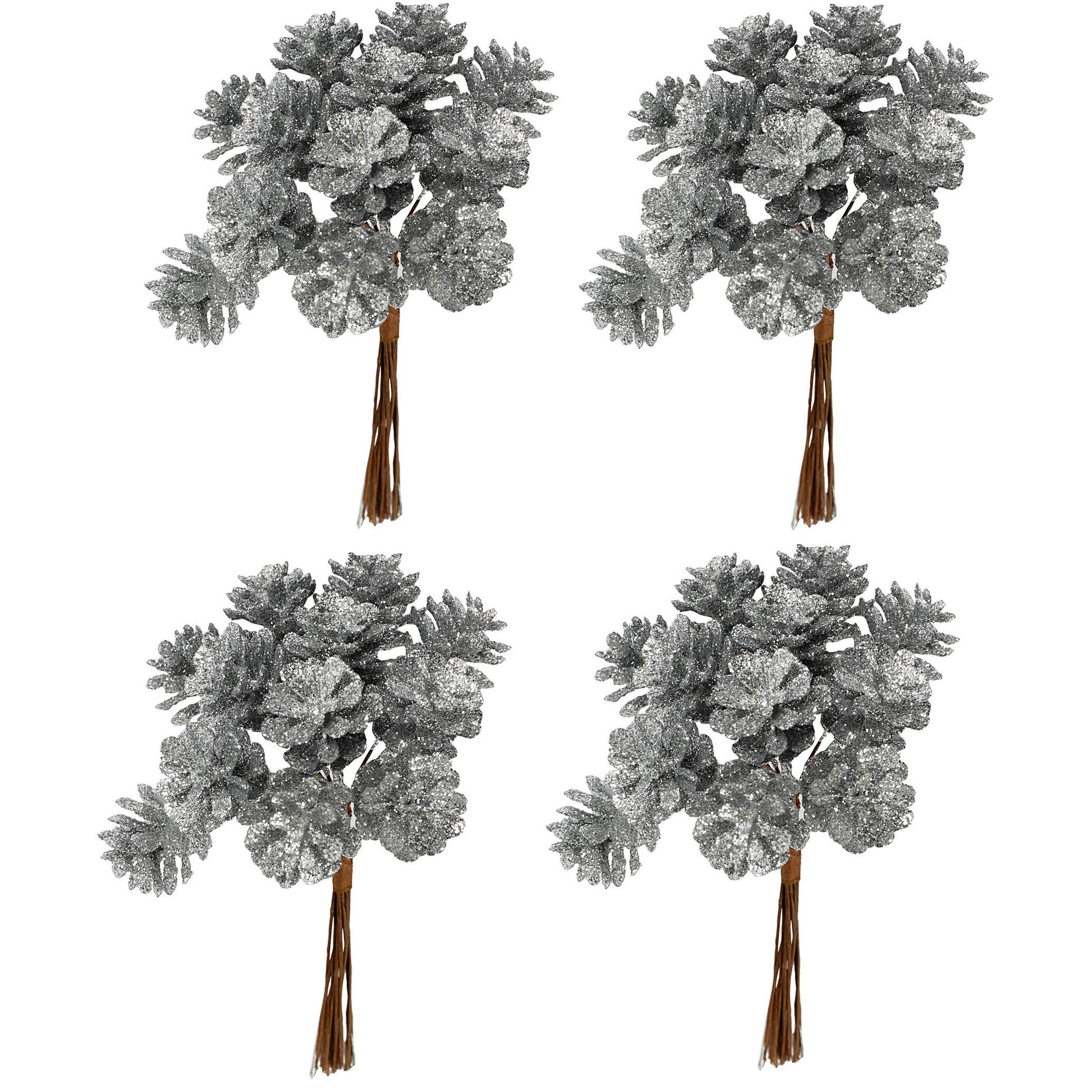 4x Kerststukje instekers bosje van 12 zilveren dennenappels op draad
